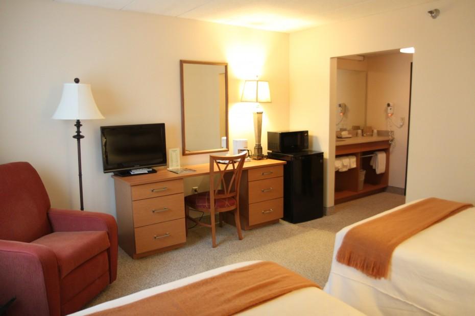 Double-Double-Room-2-930x620