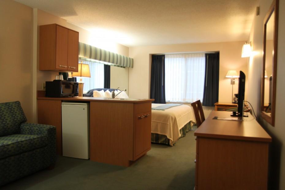 Suite-3-930x620